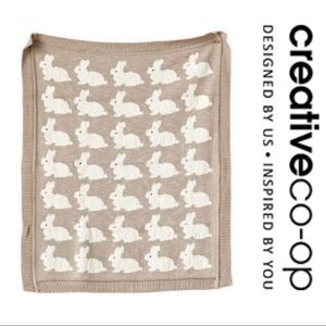 Creative Co-op Knit Baby Blanket w/Rabbits NEW 🐇